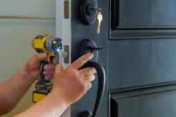 Criteria When Looking For A Qualified Locksmith Ontario Area1